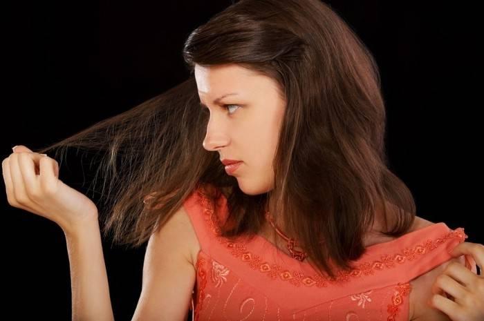Болит кожа головы при прикосновении, выпадают волосы