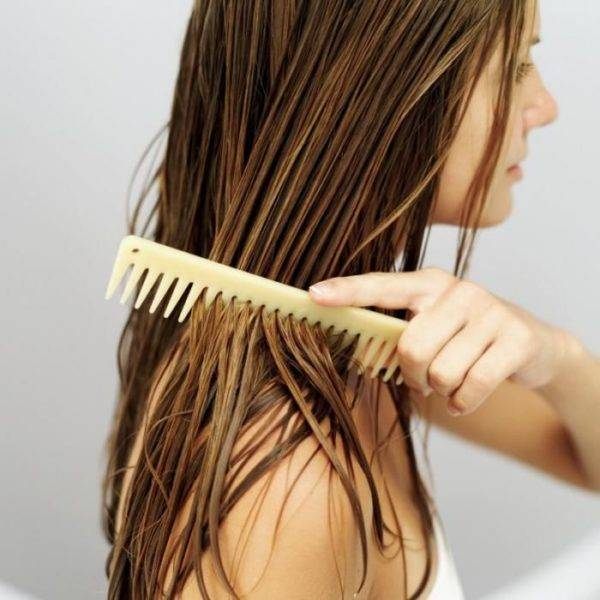 Чем полезно репейное масло для волос для лечения и восстановления волос?